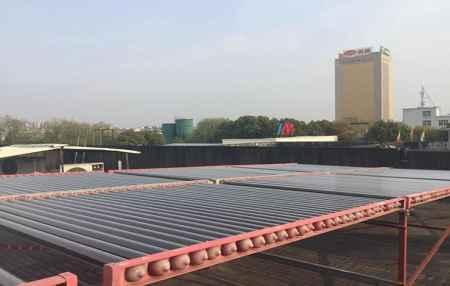 真空管型太阳能热水机组